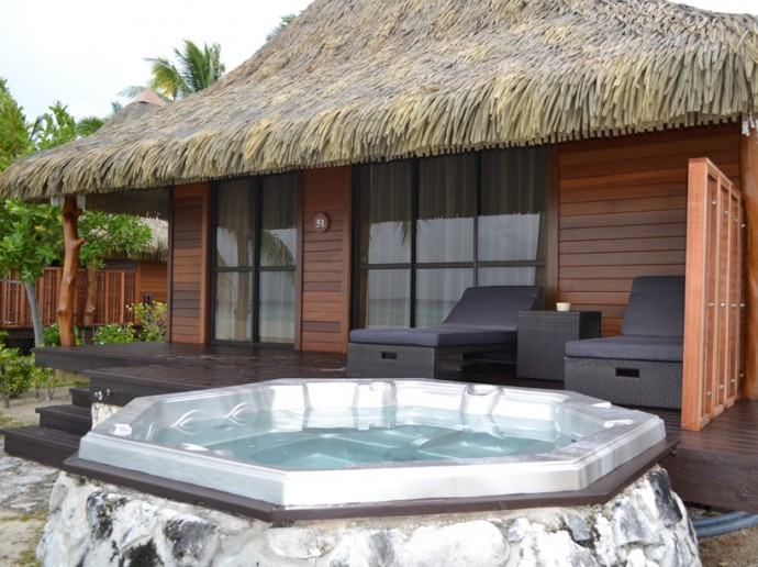 polynesie-rangiroa-kia-ora-resort-and-spa-bains-a-remous