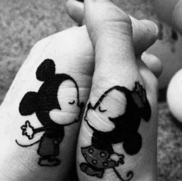 tatouage couple mickey et minnie