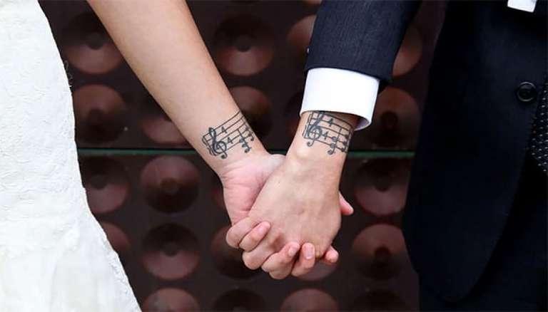 tatouage couple notes de musique