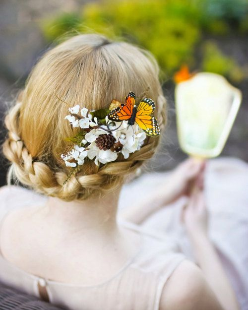 Coiffures de mariees papillons 7