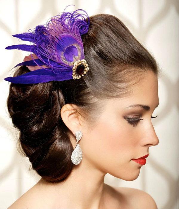 Les mari es sont belles avec des plumes dans les cheveux - Plume dans les cheveux ...