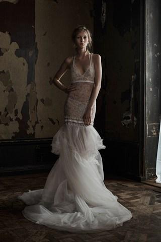 Vera Wang nous propose des robes d'inspiration lingerie pour un look séduisant tout en légèreté.