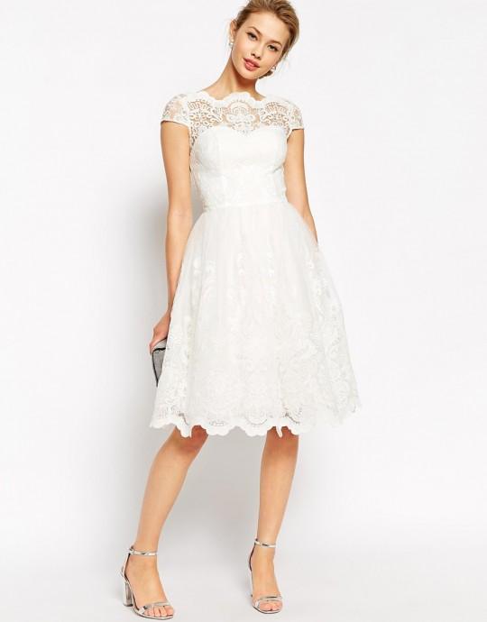asos,Chi Chi London - Robe de bal de fin d'annee mi-longue en dentelle de haute qualite avec encolure style Bardot, 90,99, code637551