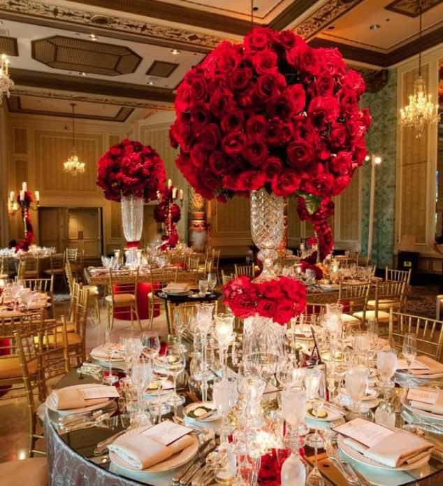 centres de table roses rouges mariage
