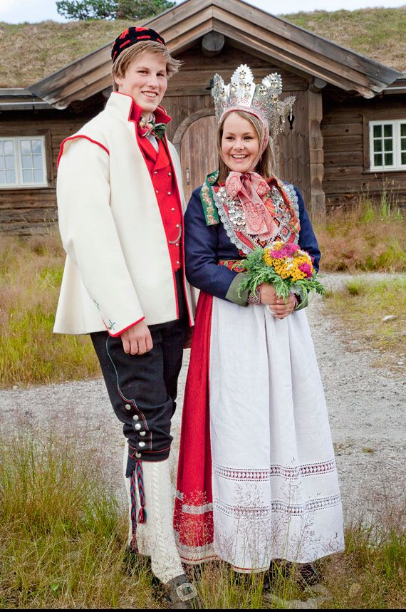 costumes traditionnels mariage norvege