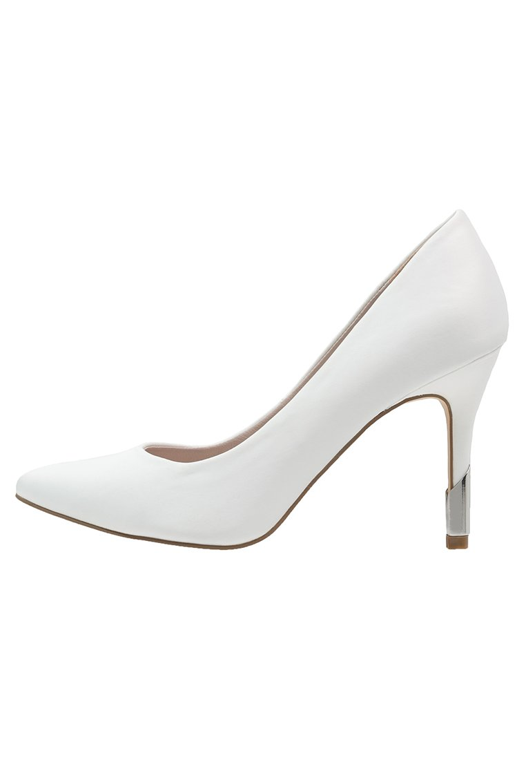 10 chaussures de mariée à moins de 100 euros - Mariage.com c60abb78264a