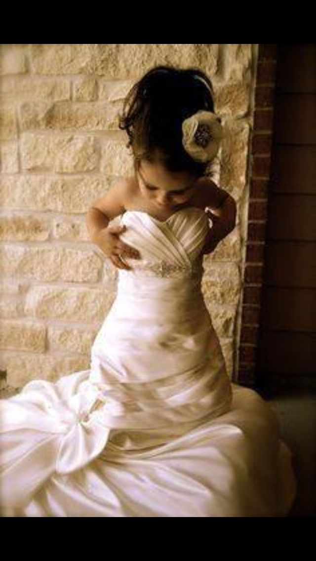 et si je prenais la robe de mariage de maman. Black Bedroom Furniture Sets. Home Design Ideas