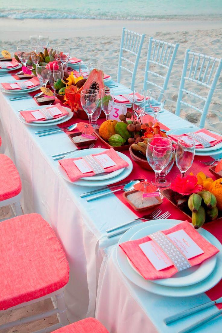 mariage sur une plage theme tropiques