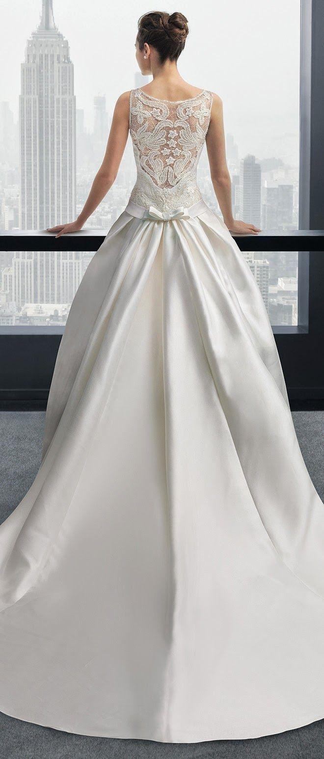 une touche de dentelle dans le dos de ma robe de mari e. Black Bedroom Furniture Sets. Home Design Ideas