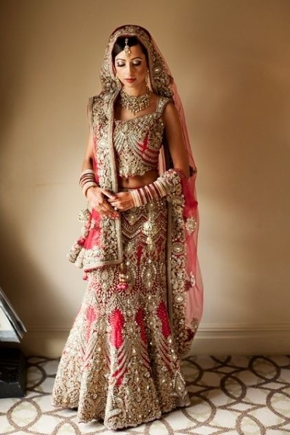 robe de mariee traditionnelle pakistanaise