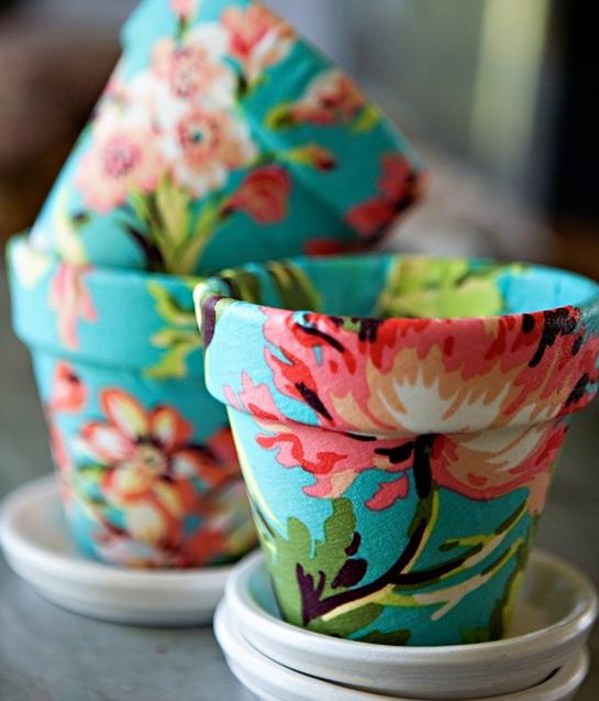 DIY : comment réutiliser des pots de fleurs dans une wedding décoration ?