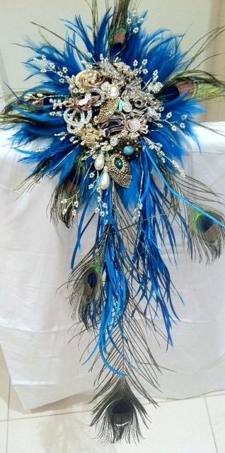 bouquets de mariée-mariage--bijoux-plumes