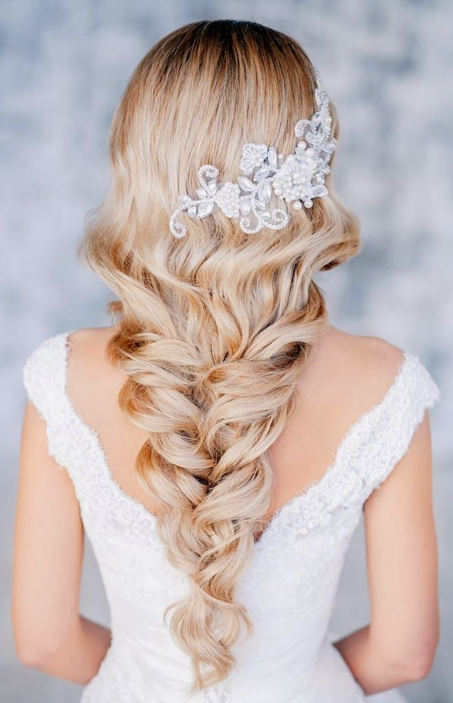 broche coiffure mariee princesse