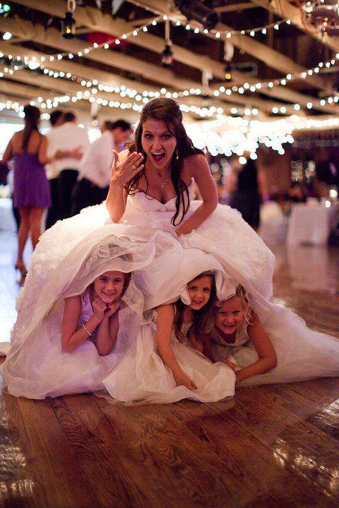 mariee et enfants au mariage