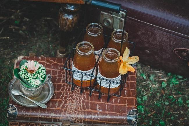 shooting inspiration decoration valise retro mariage