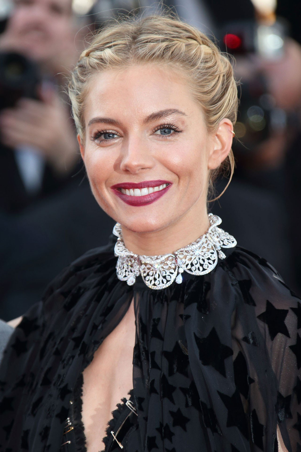 10 Coiffures Glamour Aper 231 Ues Au Festival De Cannes