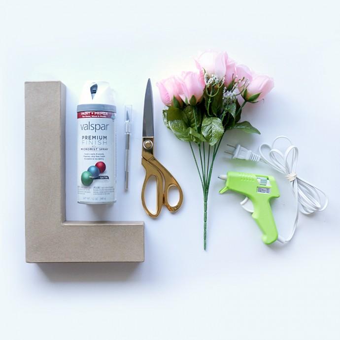DIY lettre en fleur materiel