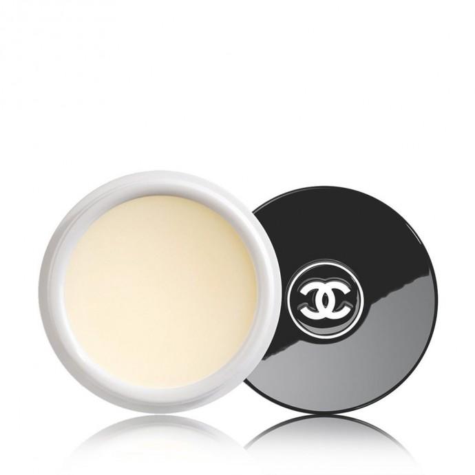 L'Hydrabeauty Nutrition de Coco Chanel va lisser, apaiser et protéger vos lèvres tout en mettant en avant leur volume naturel. Son parfum gourmand est un délice. Hydrabeauty Nutrition, Chanel, 36,00 €