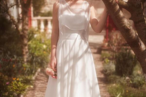 Diy comment cr er une ceinture en strass pour sa robe de for Jolies filles s habillent pour les mariages