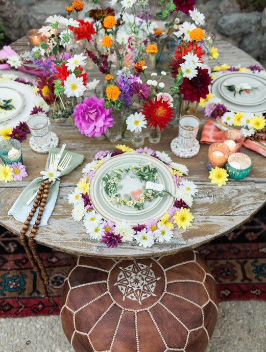Table 1 mariage Peace and Love
