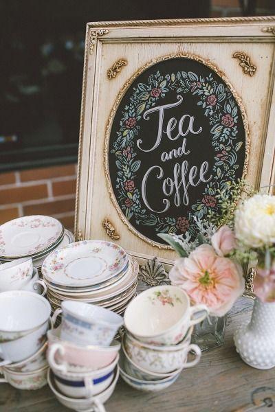 Tea time Downton Abbey