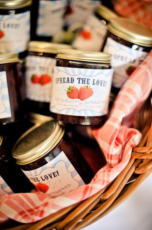 confiture fraise invites