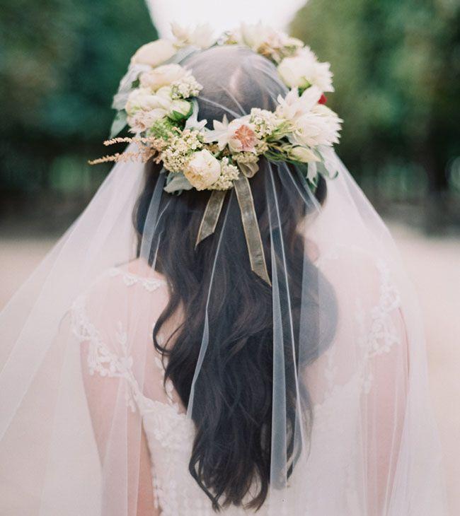 couronne de fleur avec long voile