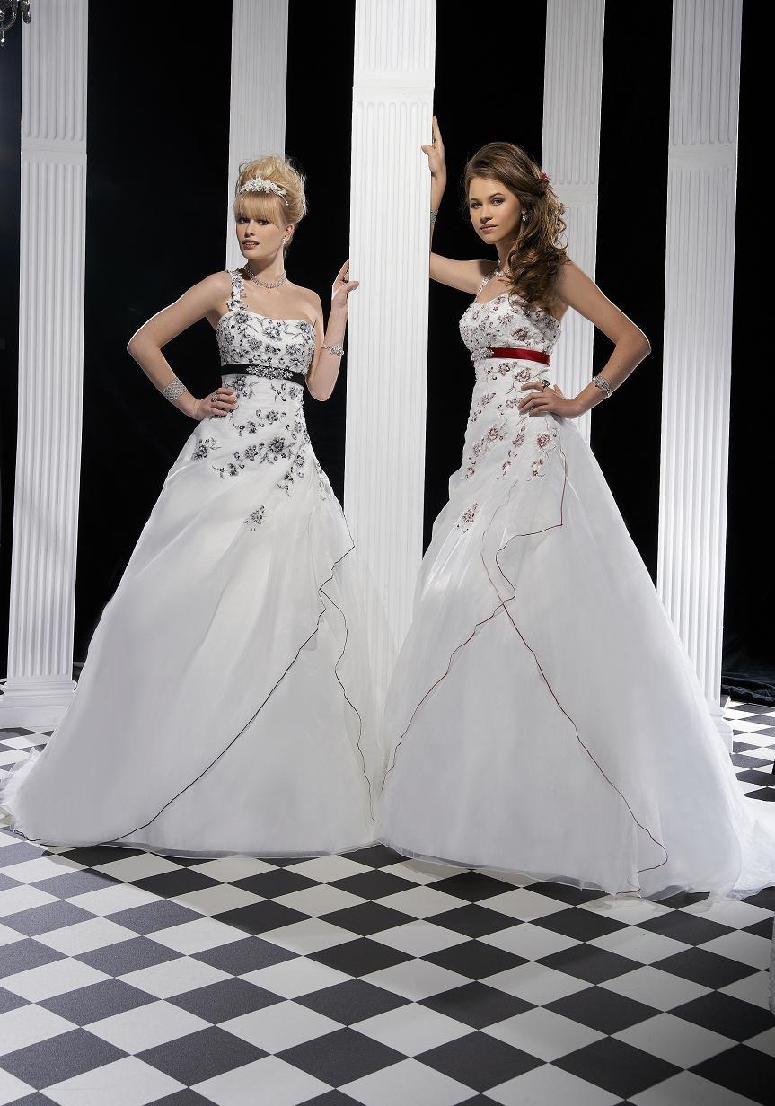 Robe de mariée Dijon par Sposa Wedding collection 2015  Mariage ...