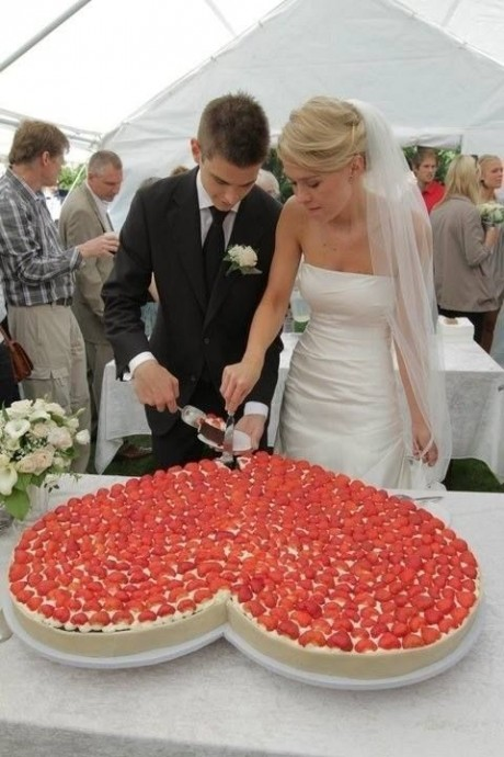 news un coeur xxl en guise de wedding cake