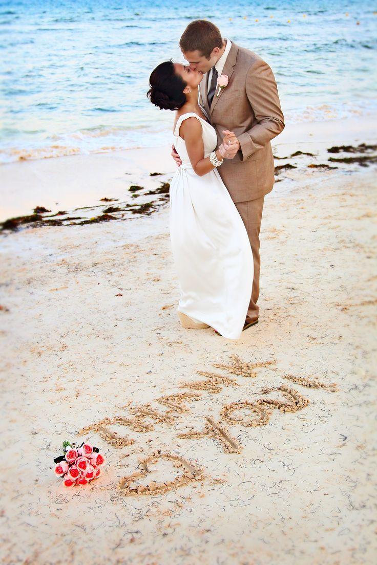 remerciements maries sur la plage