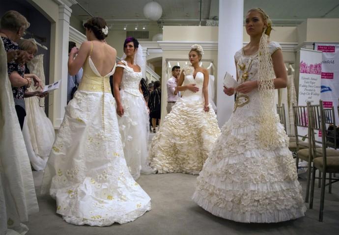 robe de mariee en papier toilette