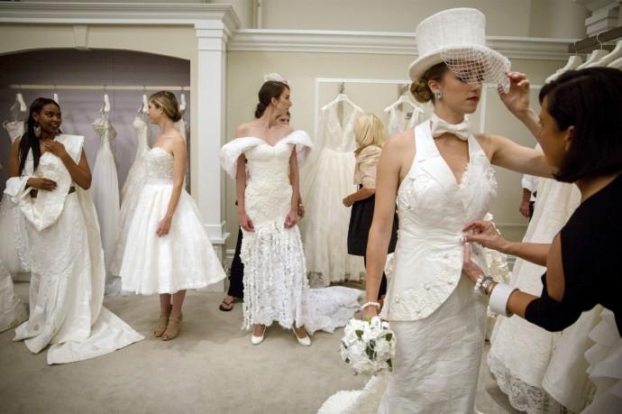 robe de mariee en papier toilette 7
