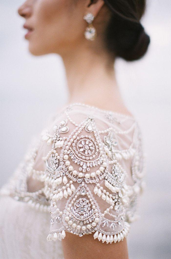 robe de mariee manches en perle