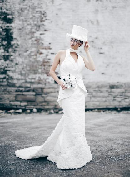 robe en papier toilette de donna pope