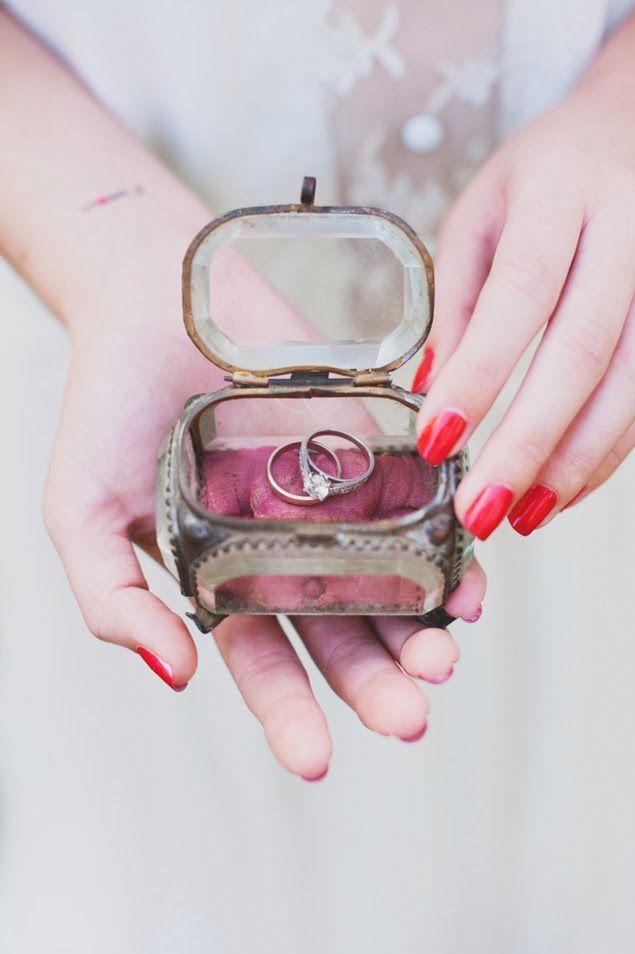 boite alliances mariage vintage