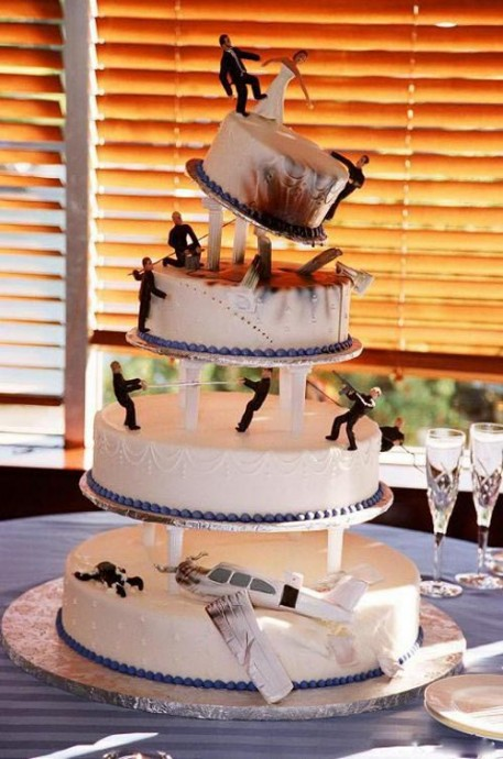 wedding cake bizarre 1