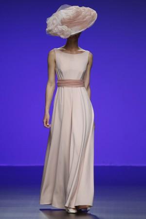 Le modèle Amani de Cymbeline se pare d'une jolie couleur beige pour sublimer les peaux foncées.