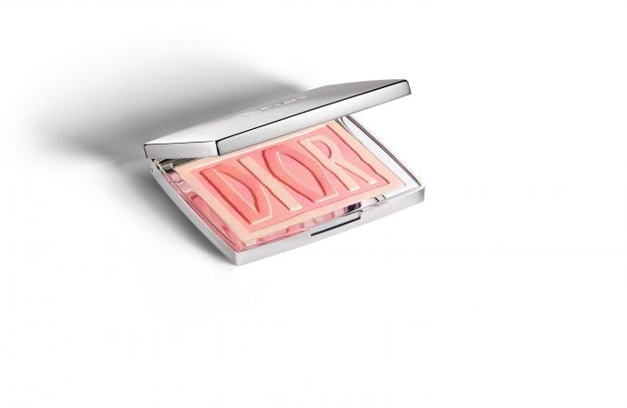 Dior label blush