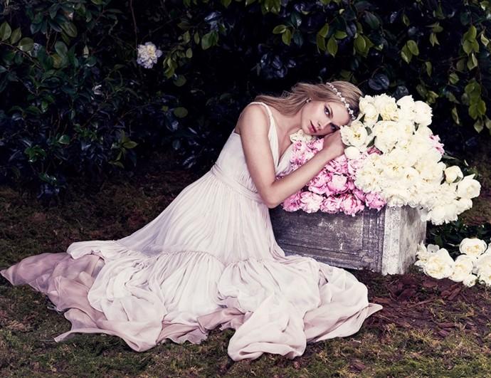 Jenny Packham a fait le choix du rose romantique pour ses futures mariées.