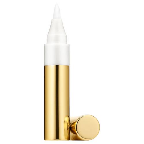Pour illuminer vos lèvres d'un voile léger et glossy, optez pour le Pure color Gloss Pen d'Estée Lauder, à découvrir chez sephora.fr au prix de 24,50 euros.