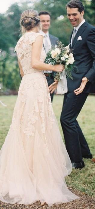 robe - source womengettingmarried