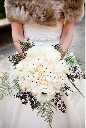 10 bouquets de mari e tomber pour un mariage d 39 hiver - Fleurs de cimetiere pour l hiver ...