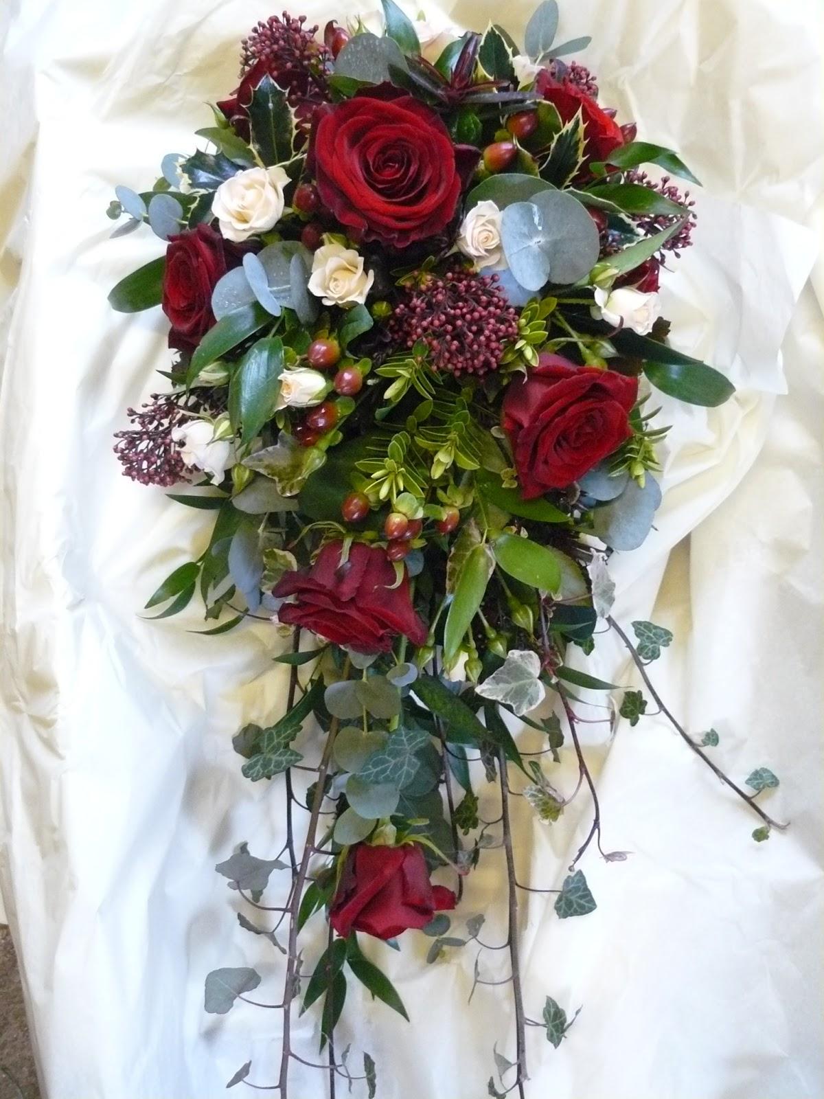 10 bouquets de mari e tomber pour un mariage d 39 hiver page 2 sur 2. Black Bedroom Furniture Sets. Home Design Ideas