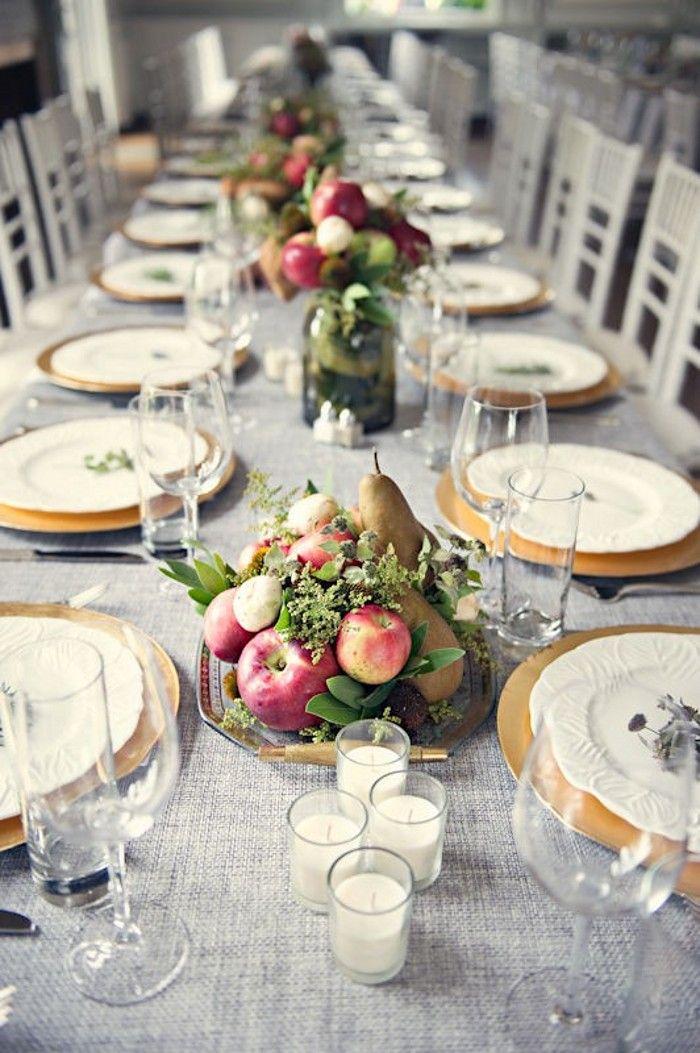 plus discret ety plus champêtre , ce centre de table apporte une touche de fraicheur est de nature avec un mélange de pomme et de poire parfaitement en accord avec la saison de l'automne.