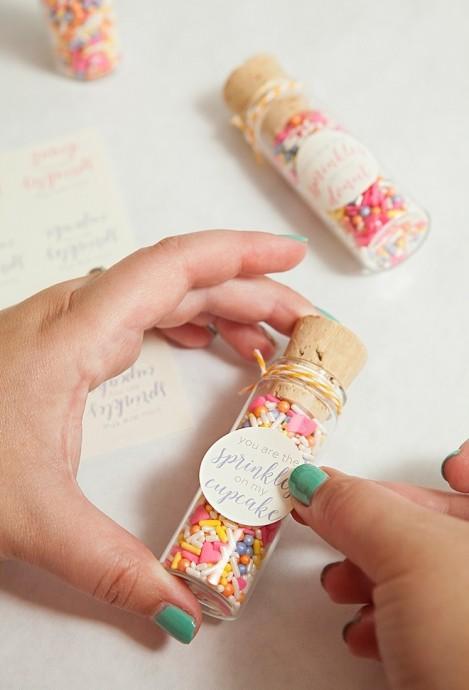 Diy fabriquer des petites fioles sucr es pour mes invites - Cadeaux invites mariage fait maison ...