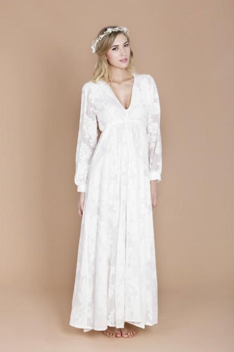 10 robes manches longues pour r chauffer les bras de la mari e. Black Bedroom Furniture Sets. Home Design Ideas
