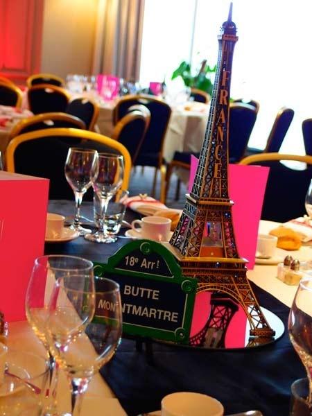 table mariage parisien decoration