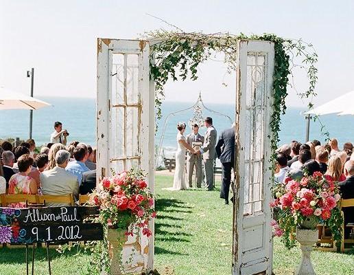 vieilles portes pour embellir votre mariage