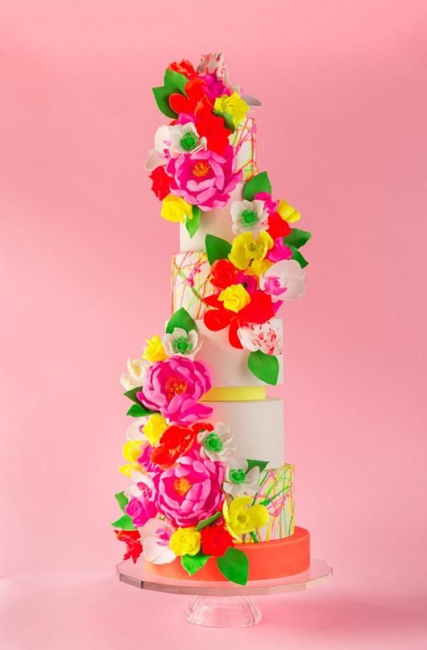 wedding cake fluo