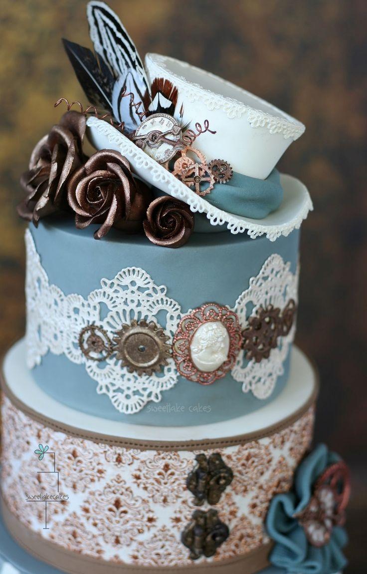 Un gâteau qui allie les couleurs avec les objets  de l'époque.